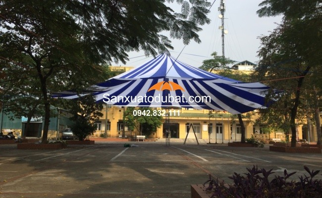 Dù che cỡ lớn tại Tây Hồ – Hà Nội