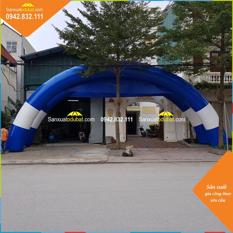 cổng hơi được thử trước kho của công ty Ý Tưởng Việt